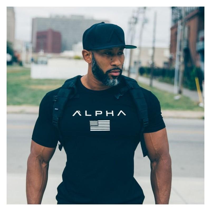 Фитнес в футболке